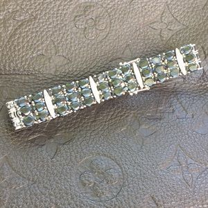 Jewelry - Gorgeous Sterling Silver With Sapphire 3 Raw Gems